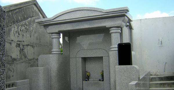 お墓を沖縄で建てる時。選ぶ前に知りたい種類とは