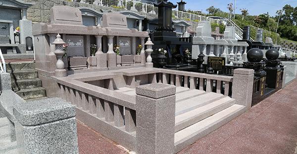 お墓を価格で選ぶ。予算別、おすすめの墓石スタイル