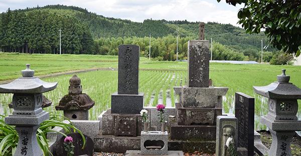 墓じまいの流れ。墓主が行うべき5つの手順