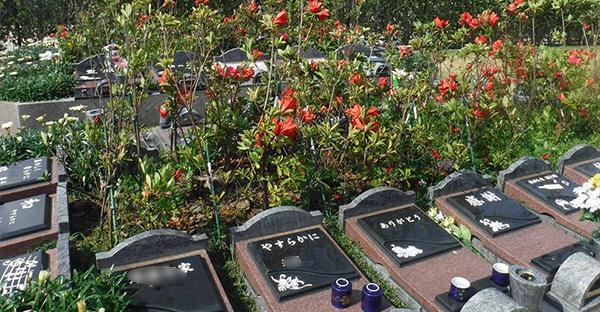 沖縄のお墓もコンパクト☆狭いスペースに建つデザイン