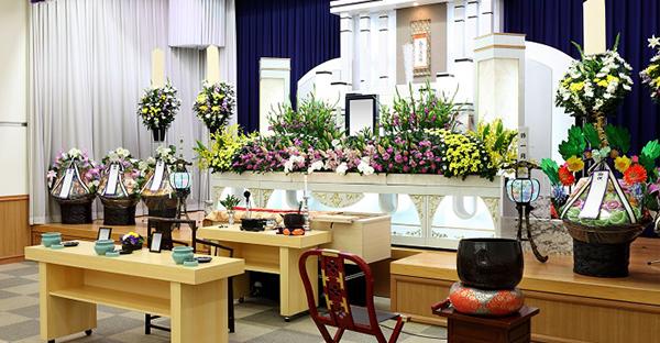 沖縄で葬儀を執り行う。予算を抑えたお葬式での注意点