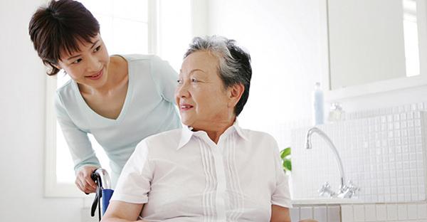 特別養護老人ホームとは。まず知っておきたい施設とは