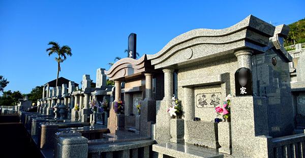沖縄の墓石なら御影石。おすすめしたい理由と種類
