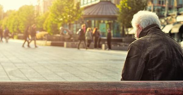 老人うつ病と痴呆症は間違えやすい。見分け方のポイント
