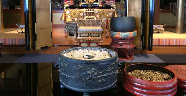 沖縄ではお焼香の仕方を大切に。理解したい5つの事柄
