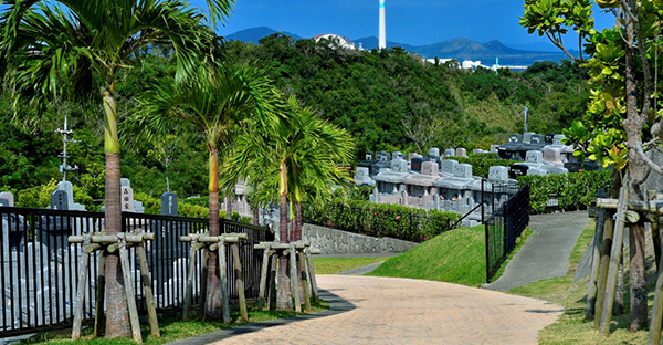 沖縄でお墓の改葬(引越し)。霊園選びのポイントとは