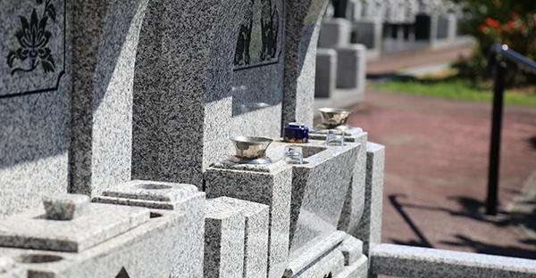 お墓に彫刻する文字、現代の傾向と5つの基礎知識