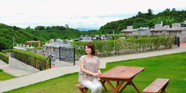 沖縄の霊園でお墓を建てる。情報収集から購入までの流れ