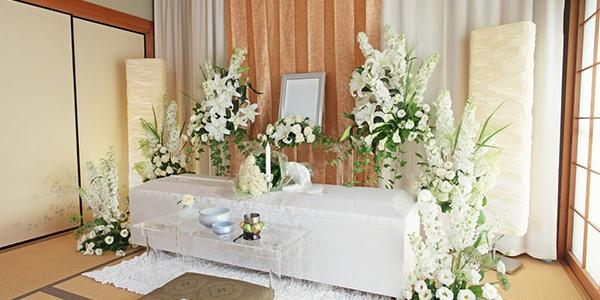 沖縄でも注目されるリビング葬①。メリットと費用の目安