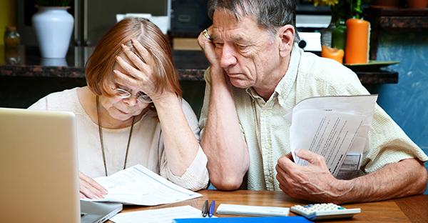 老後資金がどんどん減る。シニアに忍び寄る親の介護、体験談