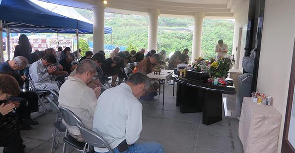 告別式へ沖縄で初めて参列。他県でも安心5つのマナー