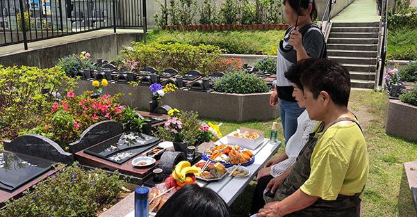 ジュールクニチ(十六日)のお墓参り☆供え方や拝み方