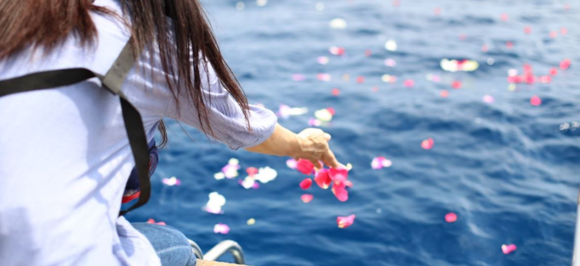 沖縄で人気の散骨☆業者に頼む方が良い5つの理由